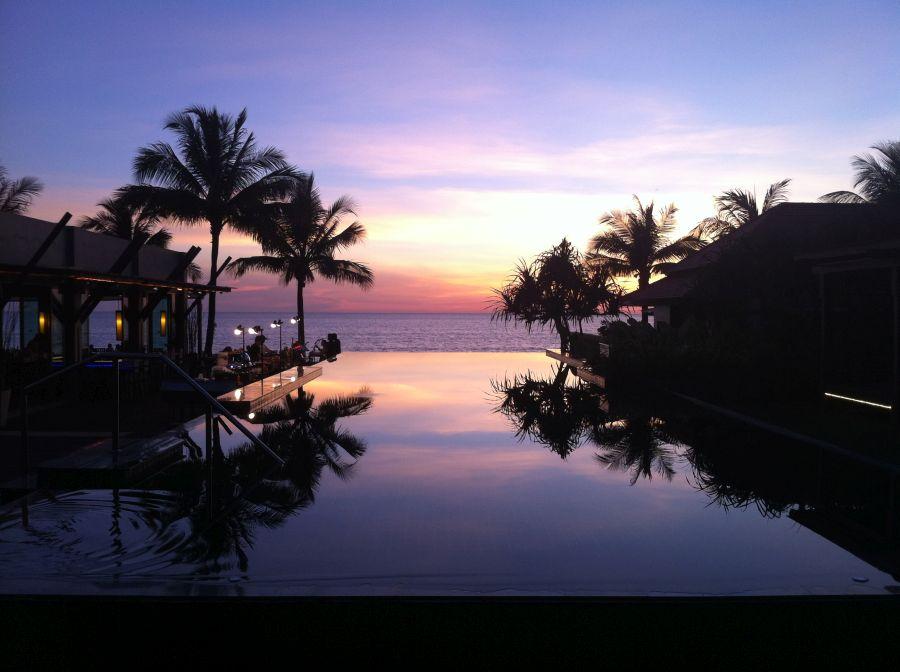 Hotelpool Chongfah Resort
