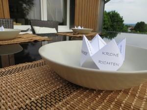 DIY Tischdeko Krone