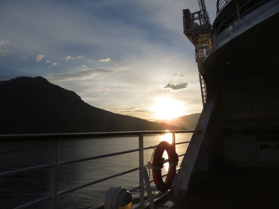 Schöne Kulisse auf dem Schiff in Norwegen