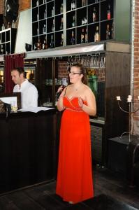 Laura singt bei unserer freien Trauung