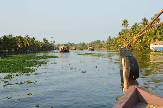 Kanal in den Kerala Backwaters