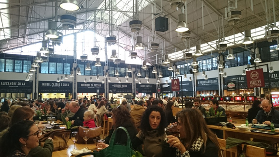 Markthalle Lissabon
