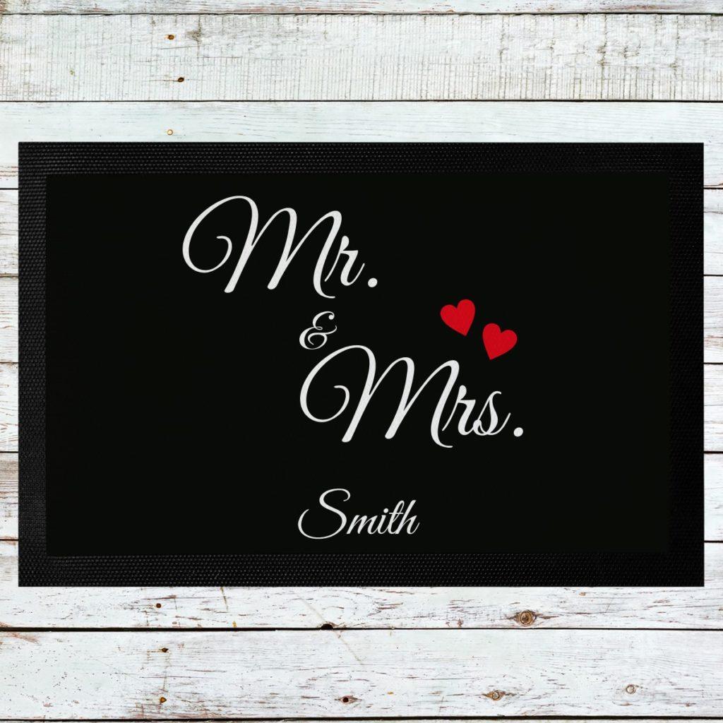 Fußmatte für Mr. & Mrs. © geschenkidee.de