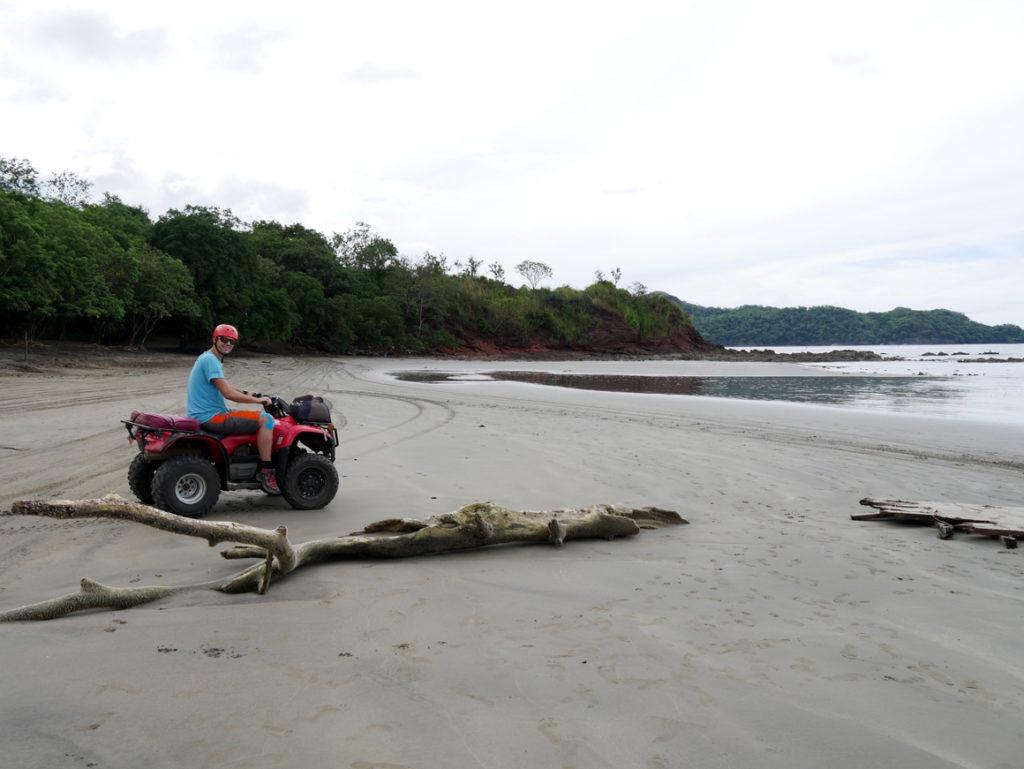 Mit dem ATV an den Strand