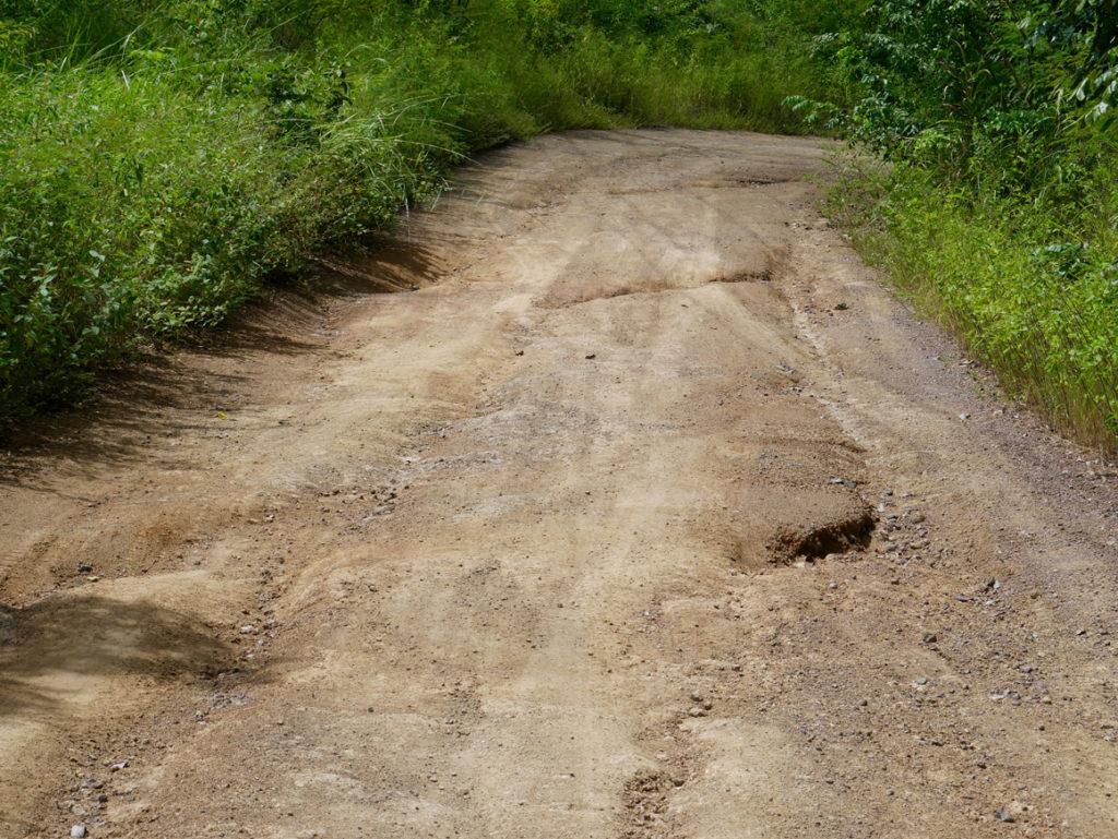 Monkey Road mit etwas Schlaglöchern