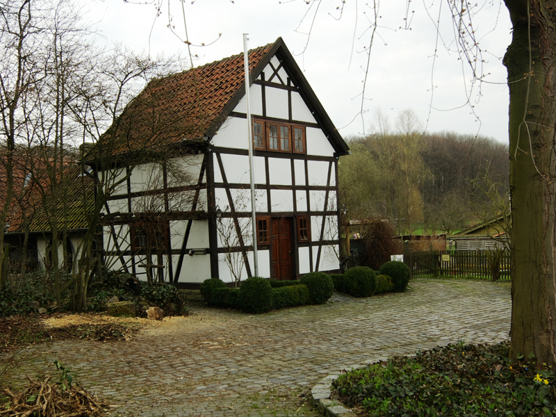 Backhaus Bönen-Flierich: Von smial - Eigenes Werk, CC BY-SA 2.0 de, https://commons.wikimedia.org/w/index.php?curid=6369144