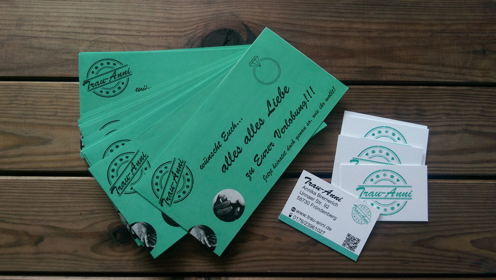 Flyer und Visitenkarten von Trau-Anni