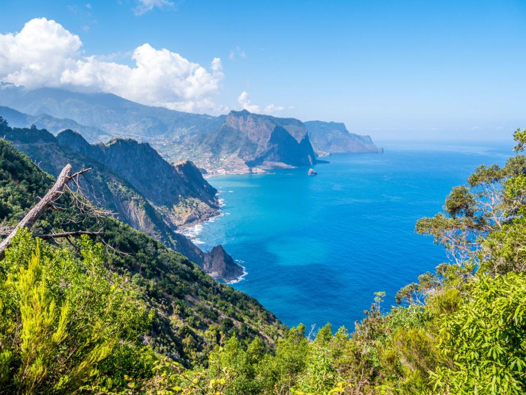 Madeira Urlaub: Küstenweg von Porto da Cruz